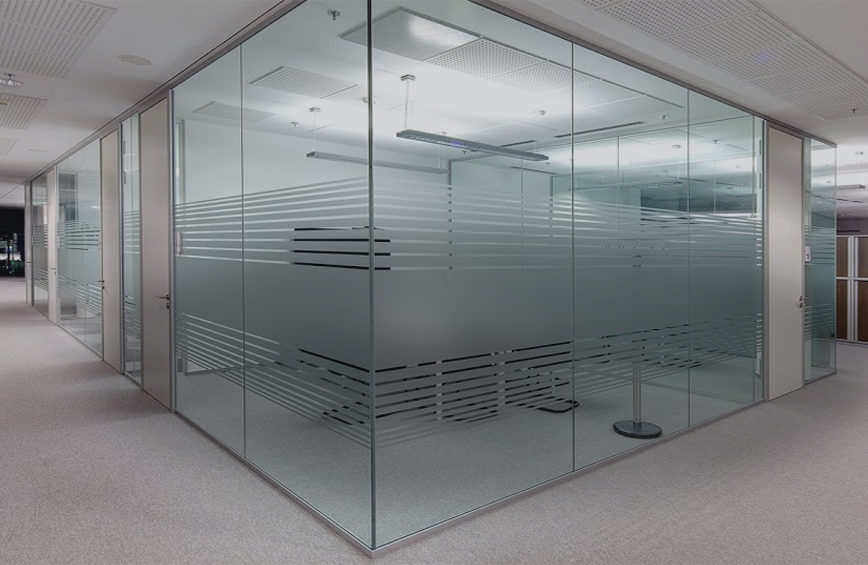 aluminium-and-glass-shopfronts-and-office-partitioning